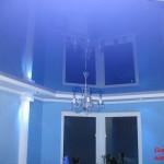 Сине-фиолетовый натяжной потолок